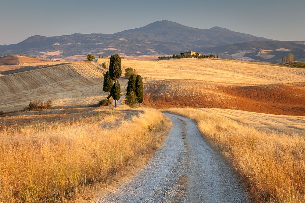 Tuscan countryside at sunset, near Pienza, Tuscany, Italy by Luboslav Tiles on 500px