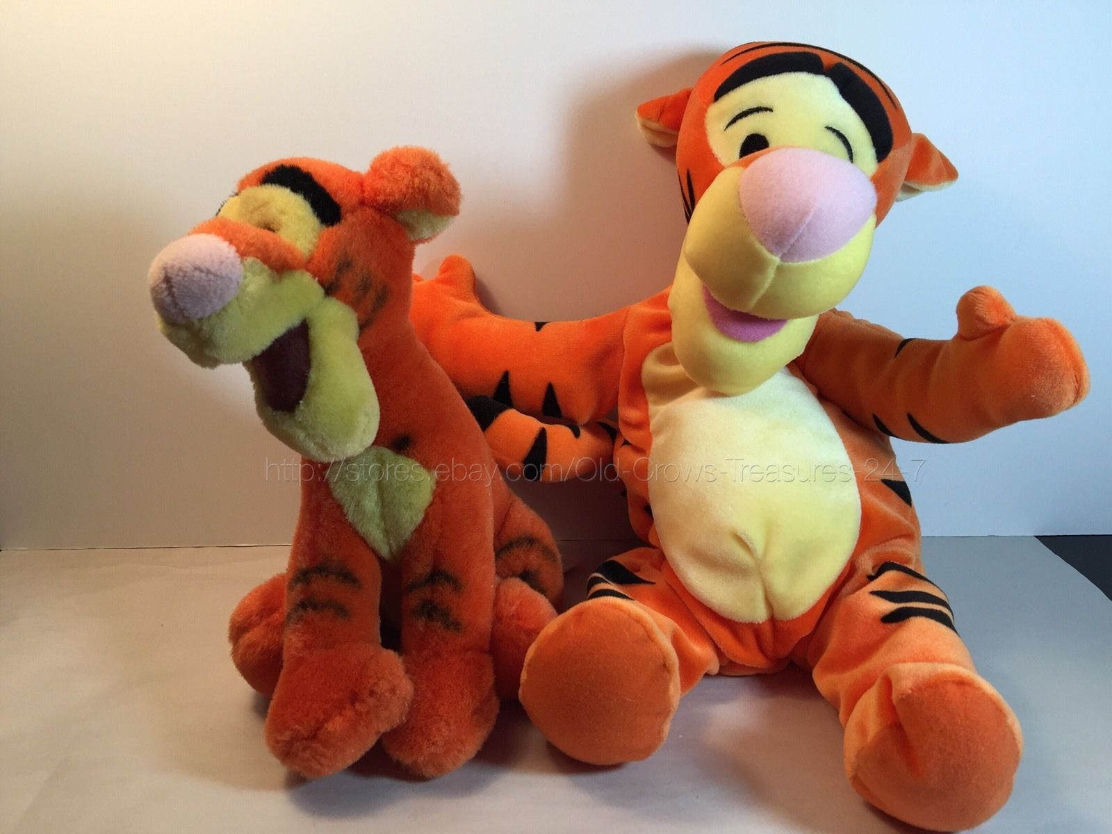 2 Disney Winnie The Pooh Tigger Plush Stuffed Animals Collectibles