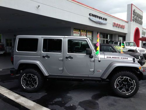 2013 Jeep Wrangler Unlimited Rubicon 10th Anniversary Sport Utility 4 Door  3.6L, Image 1