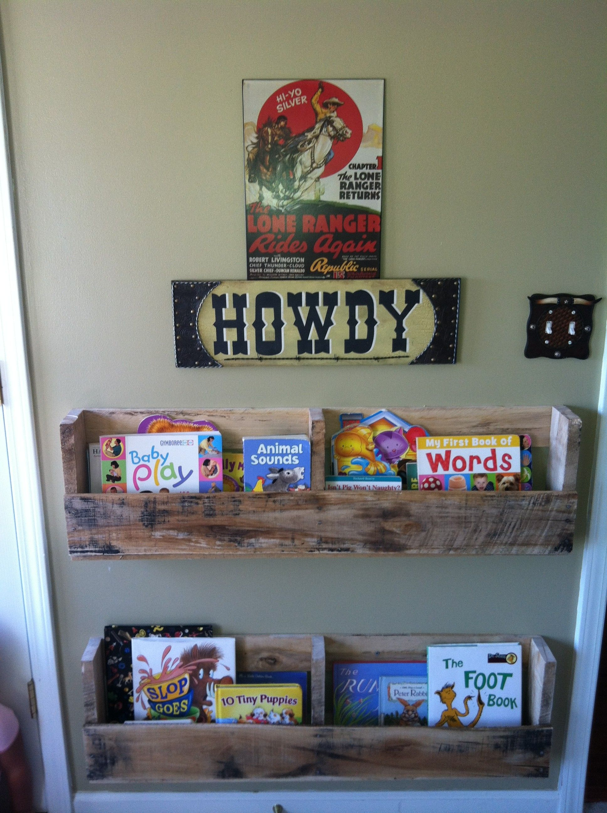 Nursery Boy Diy Bookshelf
