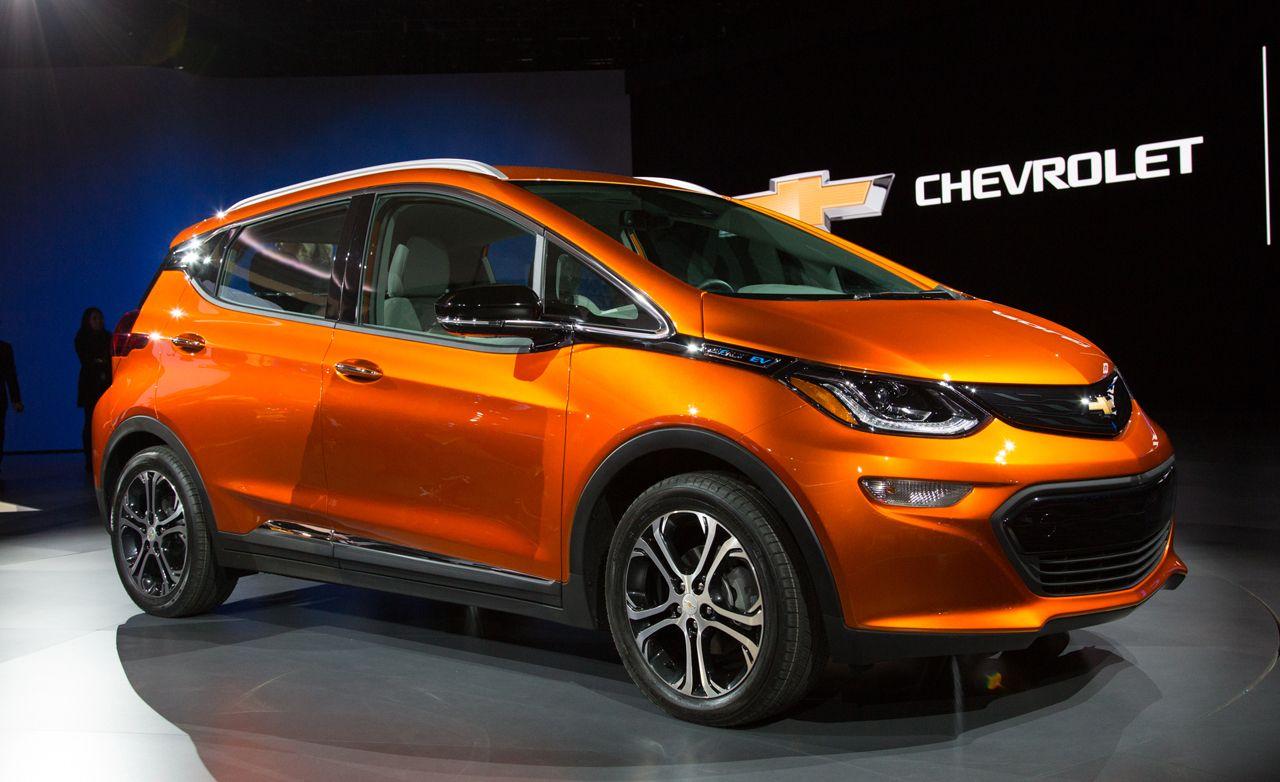 2020 Chevrolet Bolt Ev Review Pricing And Specs Chevy Bolt Chevrolet New Engine