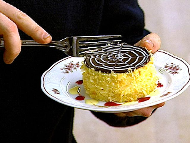 Boston Cream Pie Recipe : Bobby Flay : Food Network