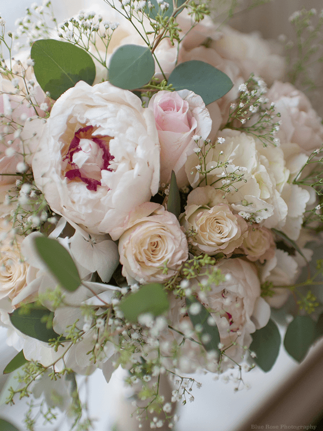 Bridal Bouquet Base : Bridal bouquet featuring pink blush and ivory toned