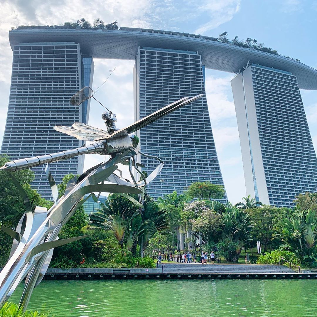 Dragonfly Sculpture At Gardens By The Bay Marina Bay Sands Singapore 2019 Sands Singapore Marina Bay Sands Gardens By The Bay