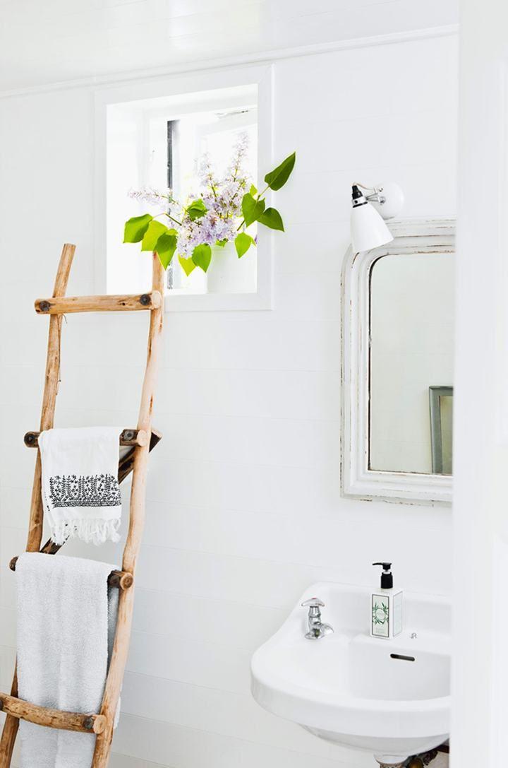 Towel Rack Original And Diy Decoracion Banos Escaleras De