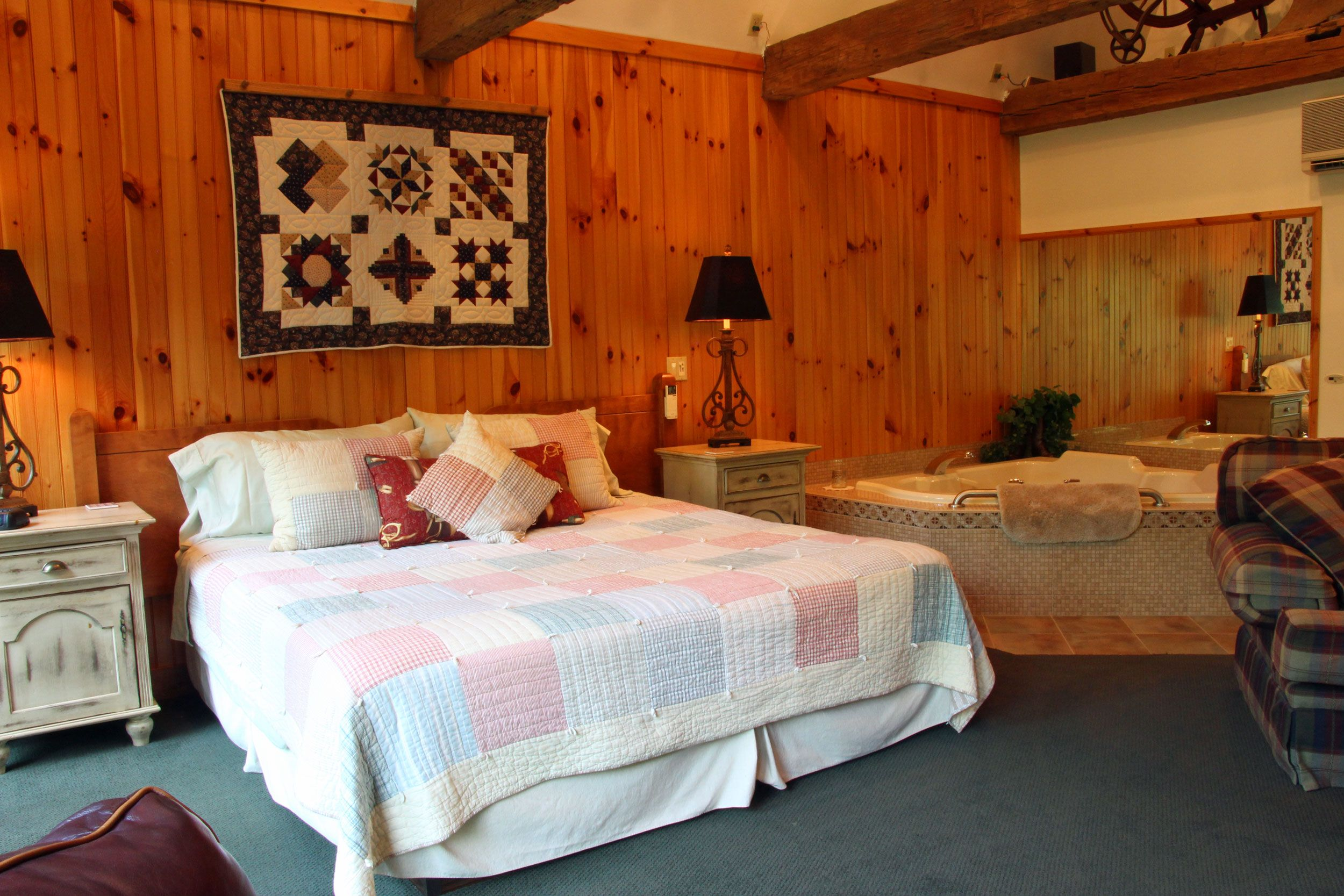 Hillside Farm Bed and Breakfast, Mt. Joy PA Bed, Bed and