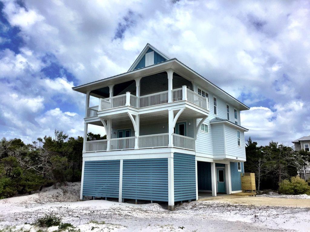 Beach Style House Plan - 4 Beds 2.5 Baths 2593 Sq/Ft Plan ...