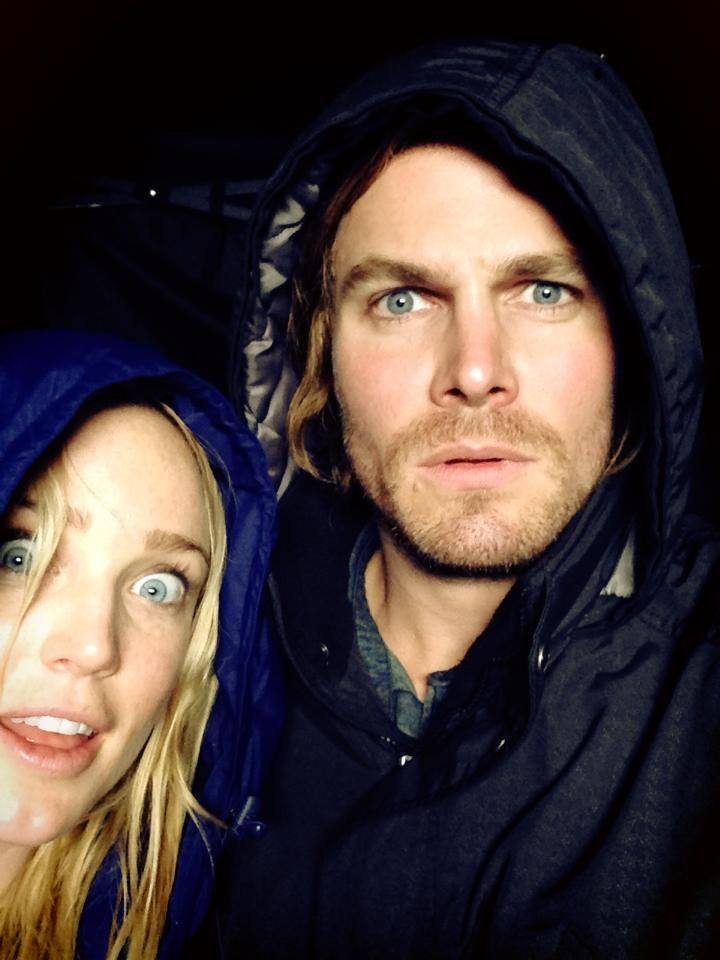 Stephen Amell And Caity Lotz Stephen Amell Stephen Amell Arrow