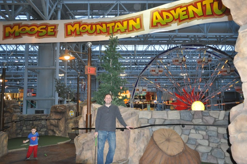 10 Reasons Why Mall of America is Better than Disney World