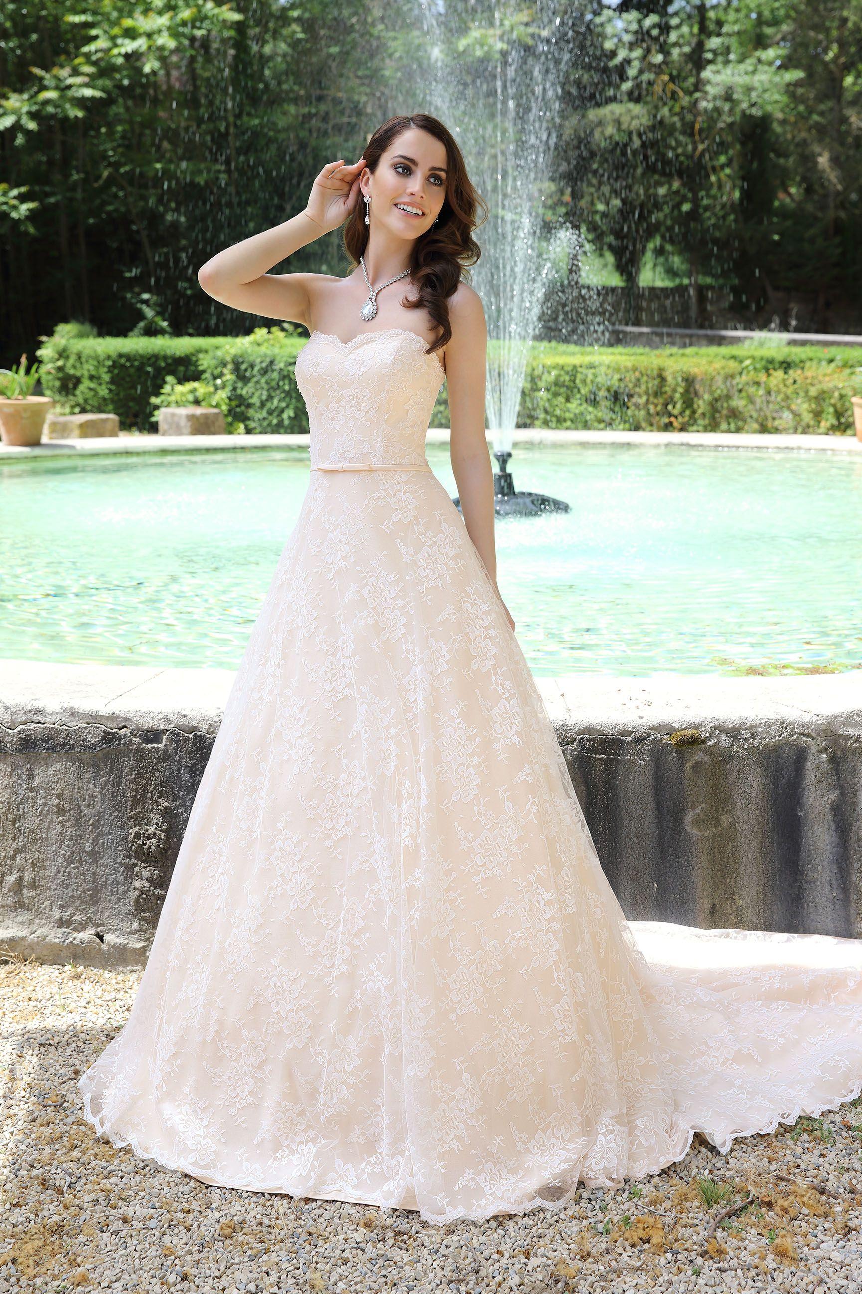 Emma Charlotte Bridal | Pink Wedding | Pinterest