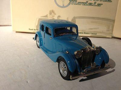 "Lansdowne (LDM 84) 1937 MG VA Saloon ""Blue"" 1:43 (by Brooklin)"