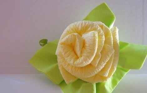 rosas con servilletas