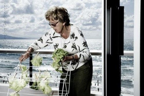 Mamika: My Mighty Little Grandmother por Sacha Goldberger