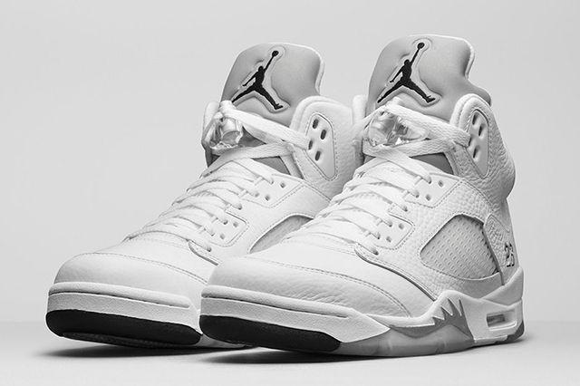 03551b3ddb0b37 AIR JORDAN 5 (WHITE METALLIC) - Sneaker Freaker