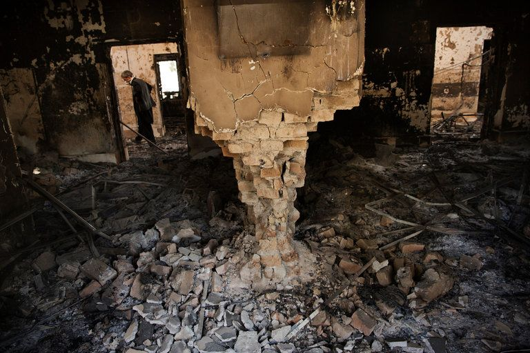 The intended target of an airstrike on a Doctors Without Borders hospital last month was a compound believed to be a Taliban base, military officials briefed on an inquiry said.