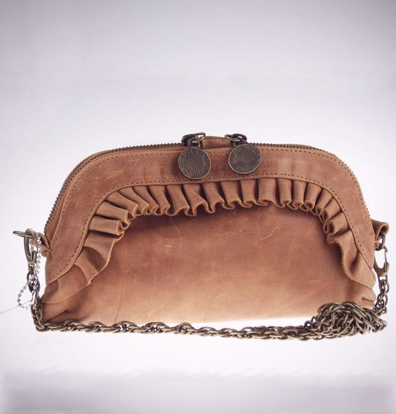 Girly Sling Bag with bronze chain. Just gorgeous, and you haven't ...