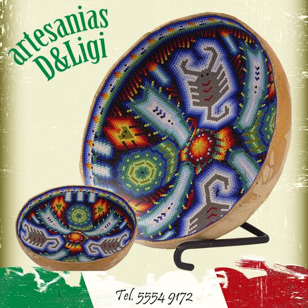 Decora tu hogar con Artesanías Mexicanas.   #artesanía #flor #color #hogar #decoración #florero