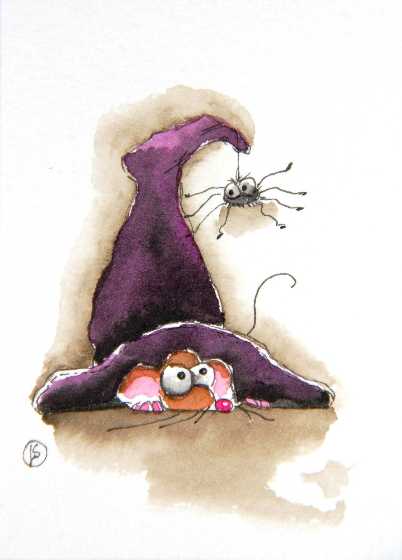 mouse in witch hat