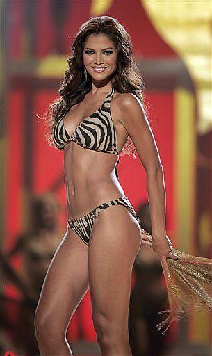 Top En Desfile 15 De Venezuela Miss Baño Traje Del El Su cjq45L3AR