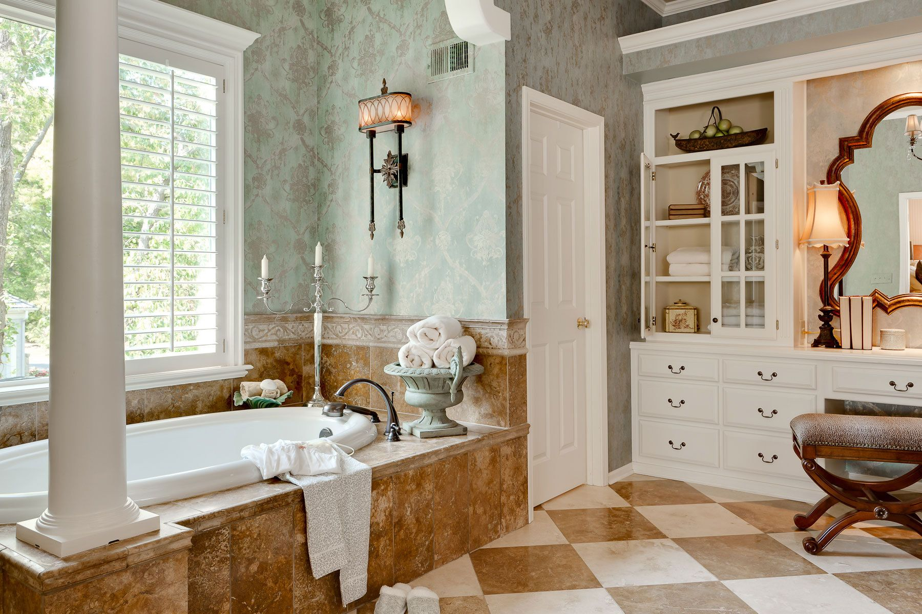 Vintage Interior Design: The Nostalgic Style  Bathroom design