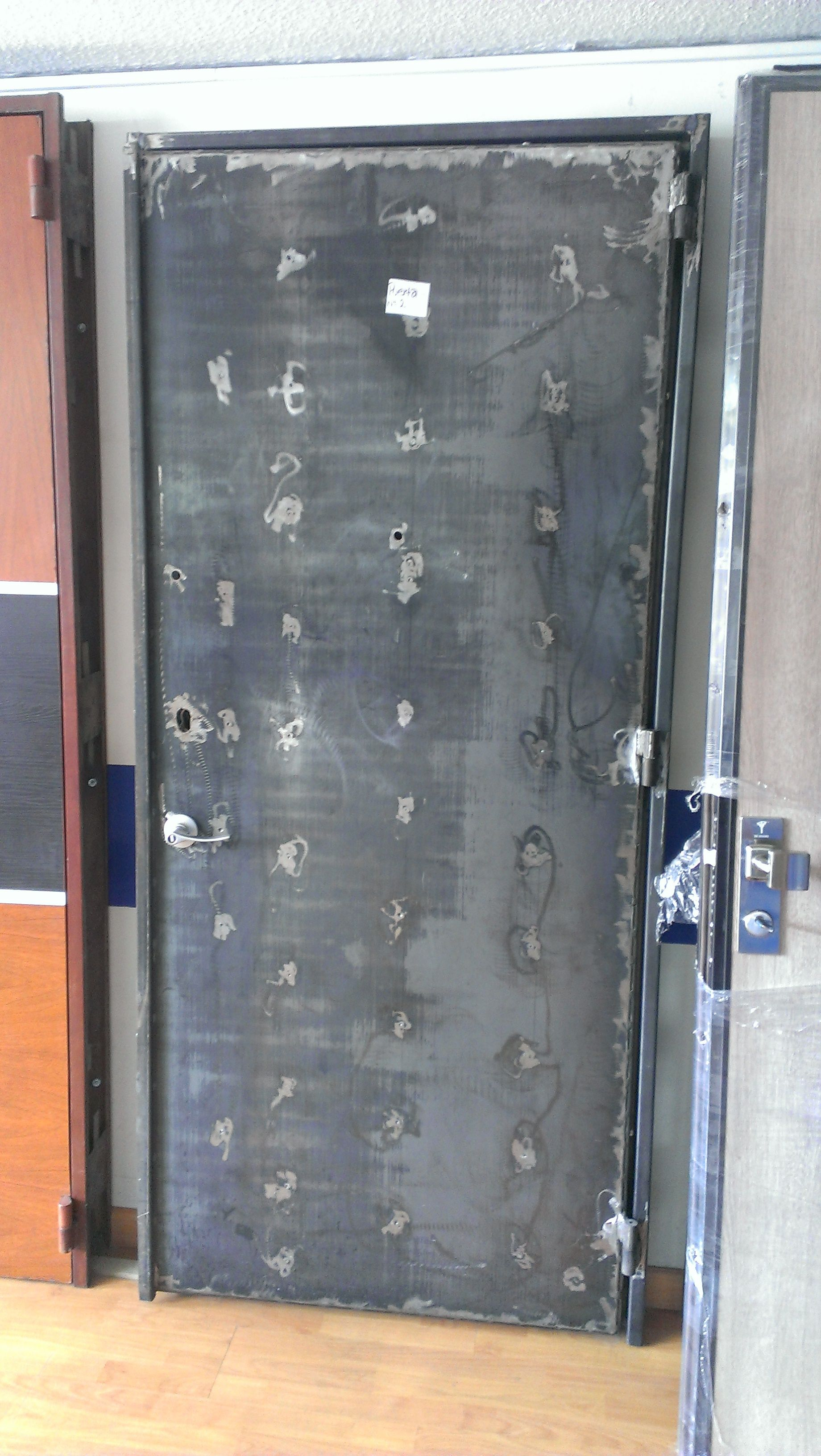 Puertas de seguridad, puertas blindadas, Cajas Fuertes, y Vidrios ...