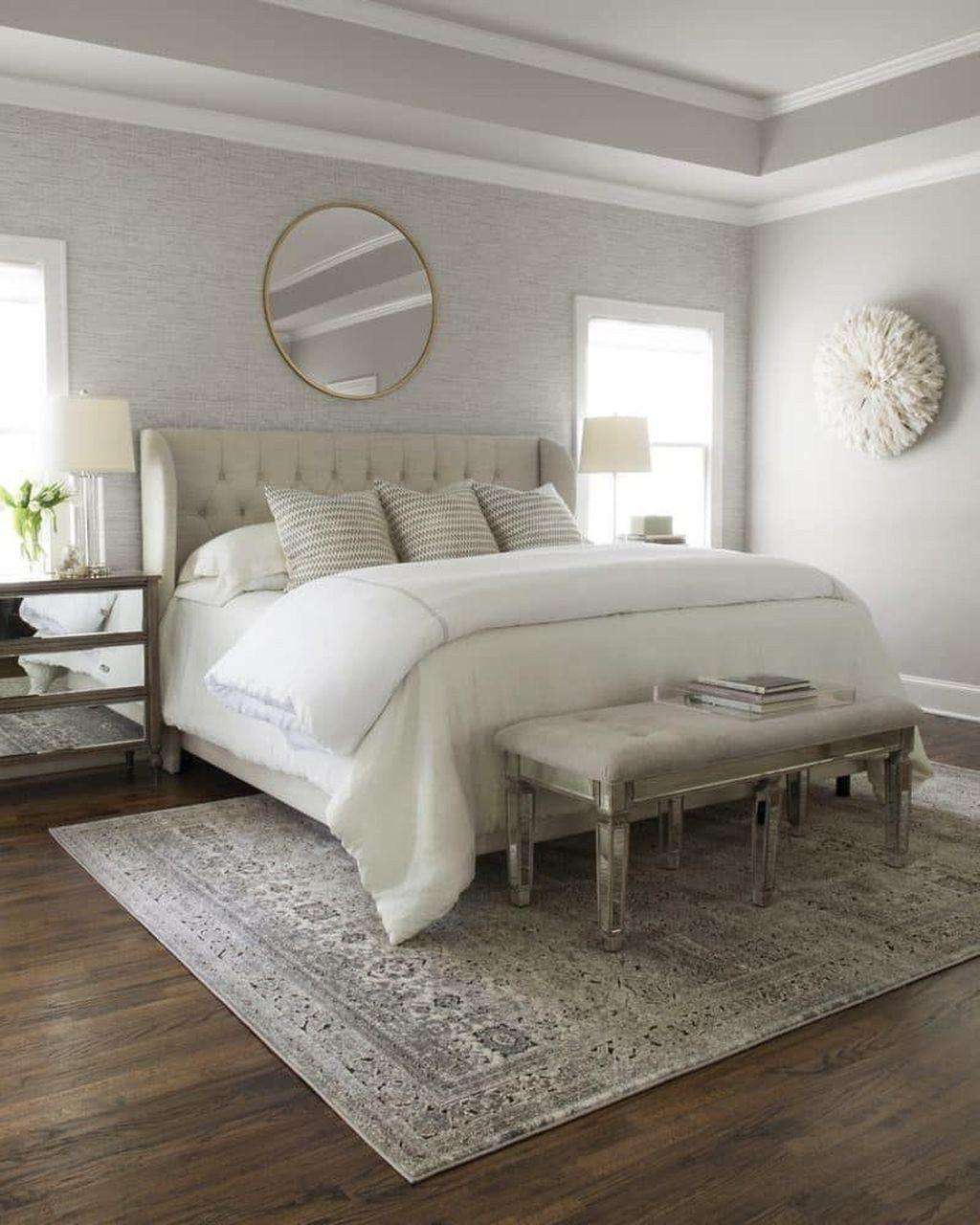 9+ Pretty Farmhouse Master Bedroom Decorating Ideas ...