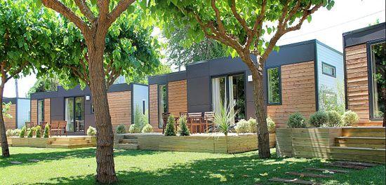 Bungalows de lujo para ir de camping con ni os a un paso - Camping piscina climatizada catalunya ...