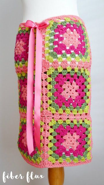 Free Crochet Pattern...Graphic Blooms Convertible Skirt!   Alles ...