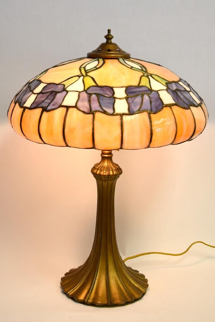 Whaley Leaded Glass Table Lamp Apr 08 2017 Hudson Valley Auctions In Ny Leaded Glass Glass Table Lamp Table Lamp