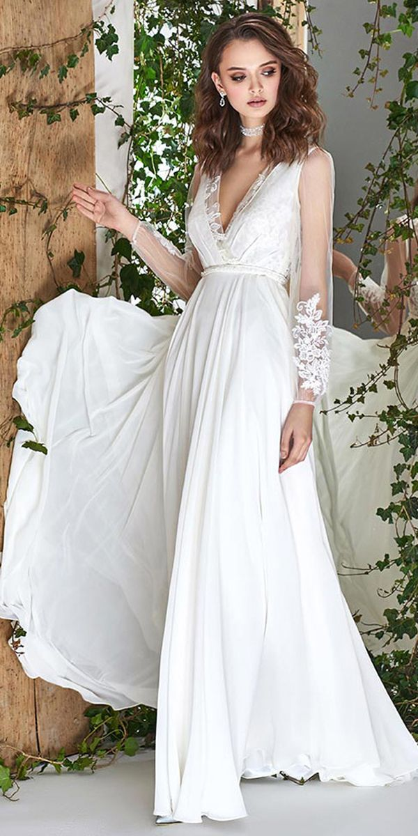 Exquisite Tulle & Chiffon V-neck Neckline A-line Wedding Dress With Lace Appliques & Belt