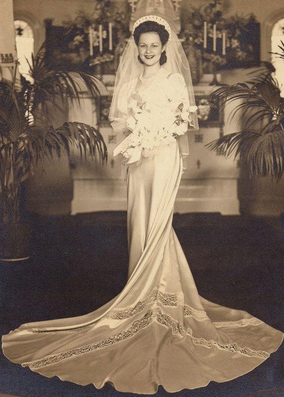 Julia Pylatiuk Lawryk Minneapolis MN 1943