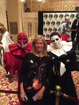 Fashion icons to foodies attend Bette Midler's Halloween Gala at the Waldorf