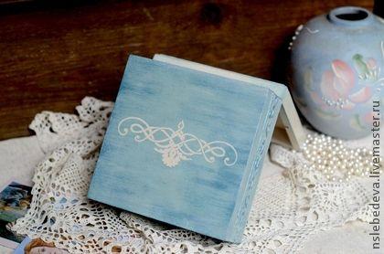 """Caixões feitos à mão.  Mestres Feira - caixão handmade """"azul pálido"""".  Handmade."""