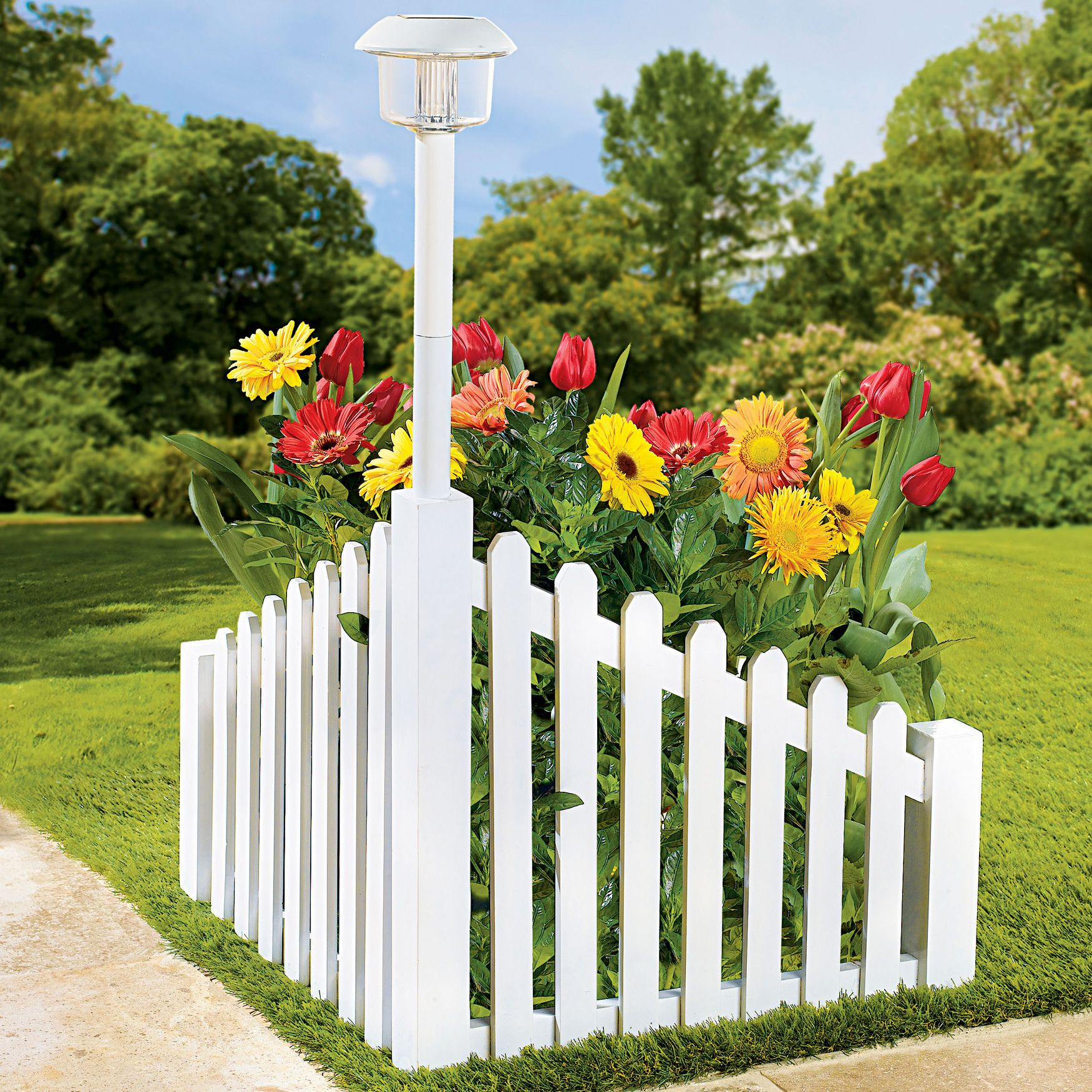 White Wood Corner Fence With Solar Powered Light (With
