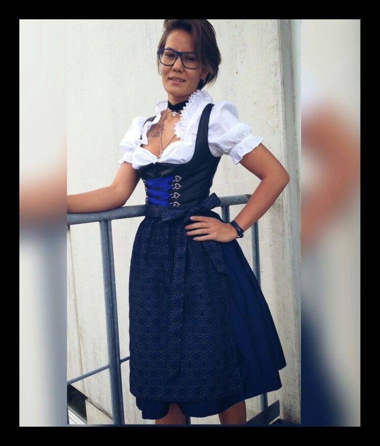 hot sale online d2ecf 4a30b Blacky Dress Berlin Atelier #exclusive #Dirndl #Wiesn Nazim ...