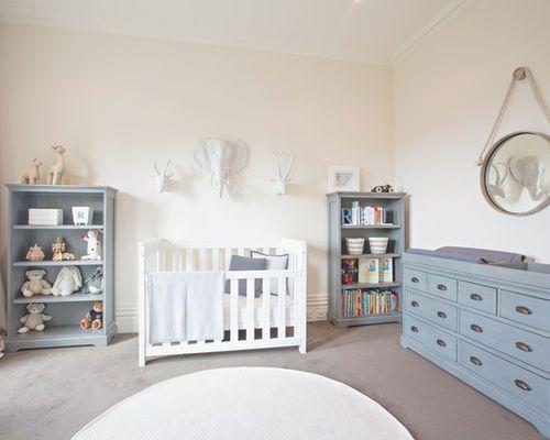 Idées déco pour une grande chambre de bébé neutre classique avec un ...