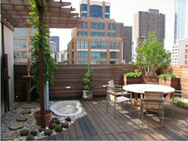 Holz Fliesen Balkon Geländer Pergola Whirlpool | Garten Und Balkon ... Gelander Am Balkon Bauen