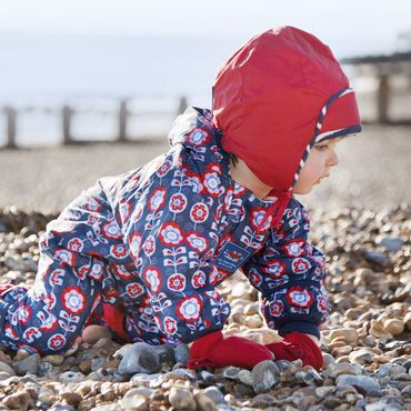 http://www.jojomamanbebe.co.uk/sp fleece-lined-waterproof-hats-in-childrens-hats-gloves-and-scarves b8166