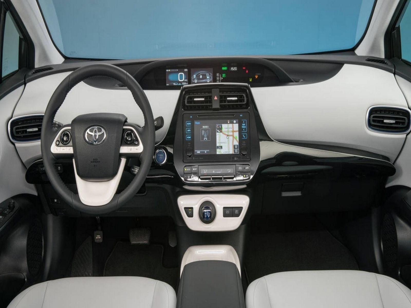 Wagon 2017 Toyota Prius V Three With 4 Door In Cerritos Ca