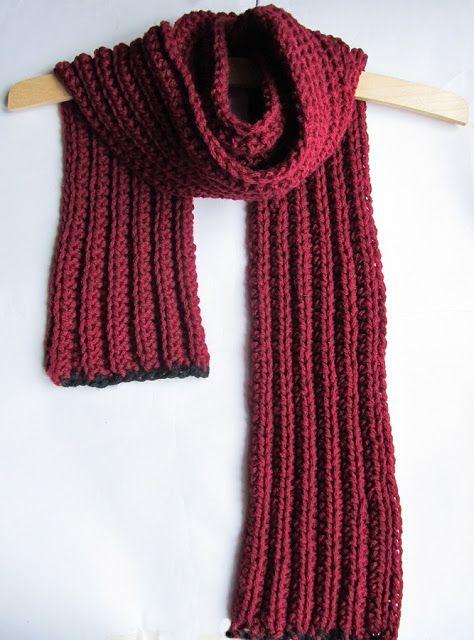 Knitting Stitch Patterns For Chunky Yarn : Crochet chunky scarf free pattern looks like knitted
