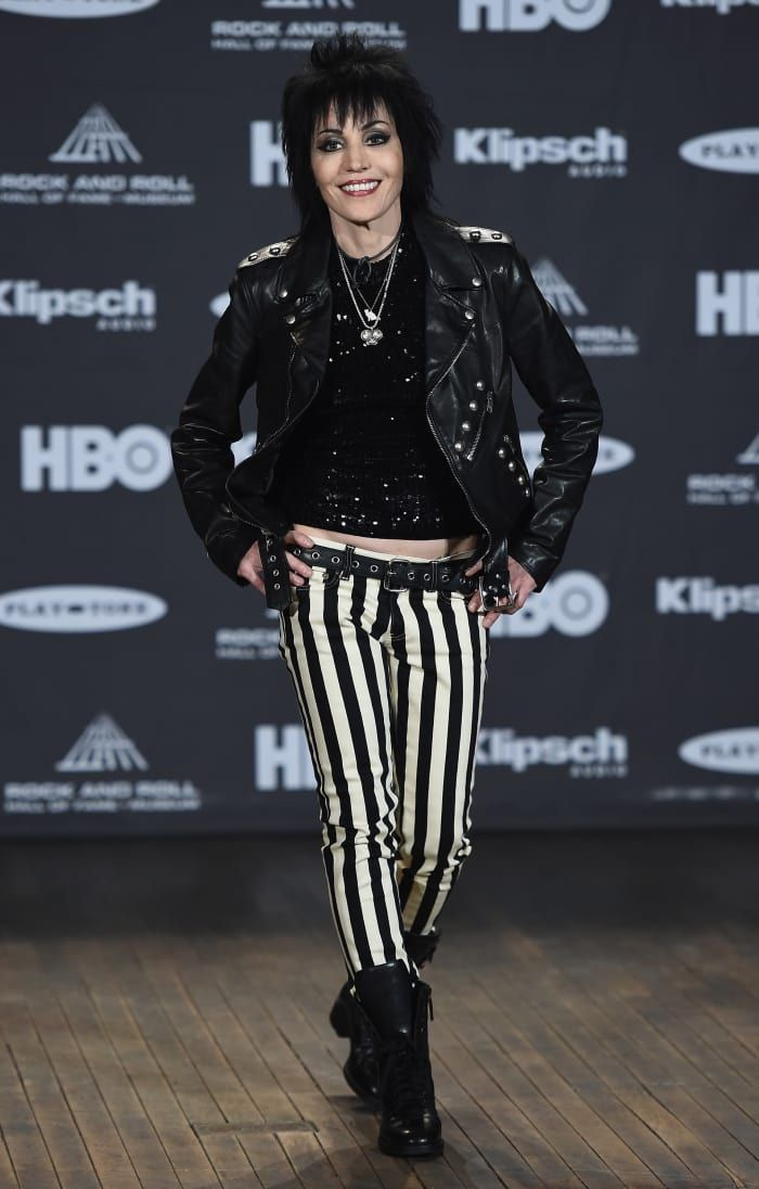 Joan Jett Proves That Sticking With Your Signature Style Just Works