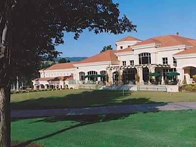 Round Hill Country Club Wedding