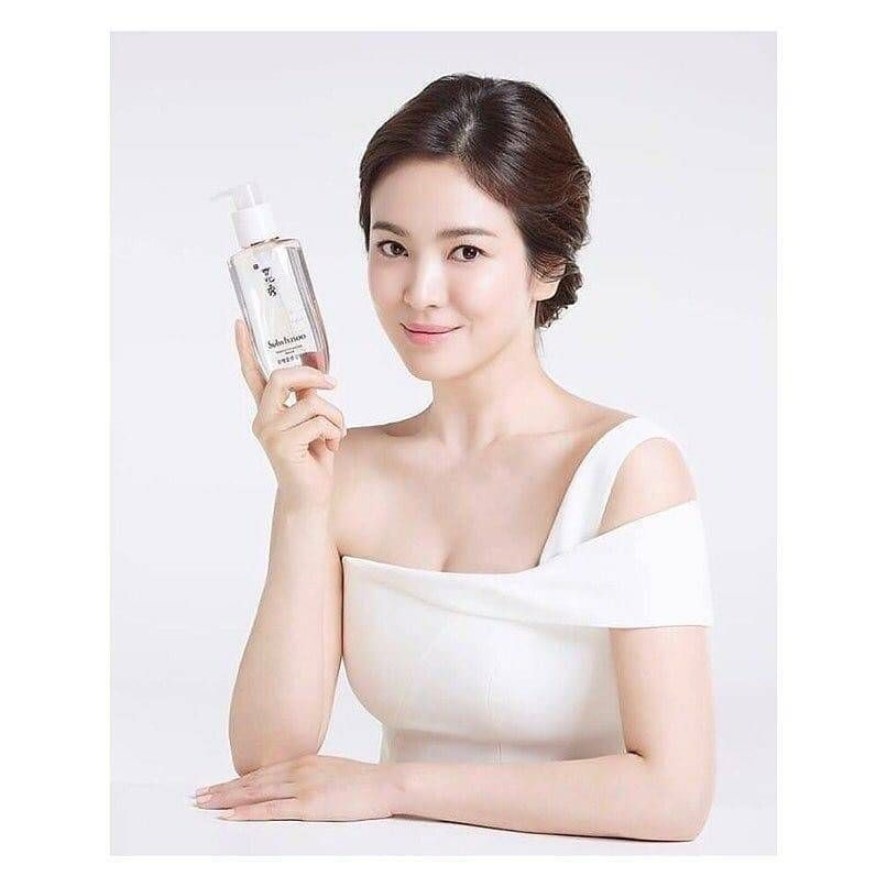 Song Hye Kyo Elegant in New Sulhwasoo Fall 2018 Skincare ...