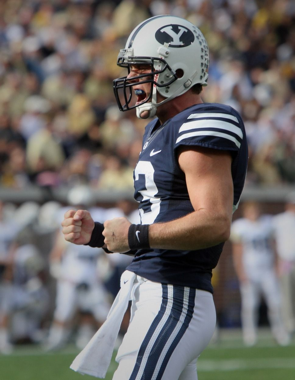 BYU football Defense shines again as Cougars quiet