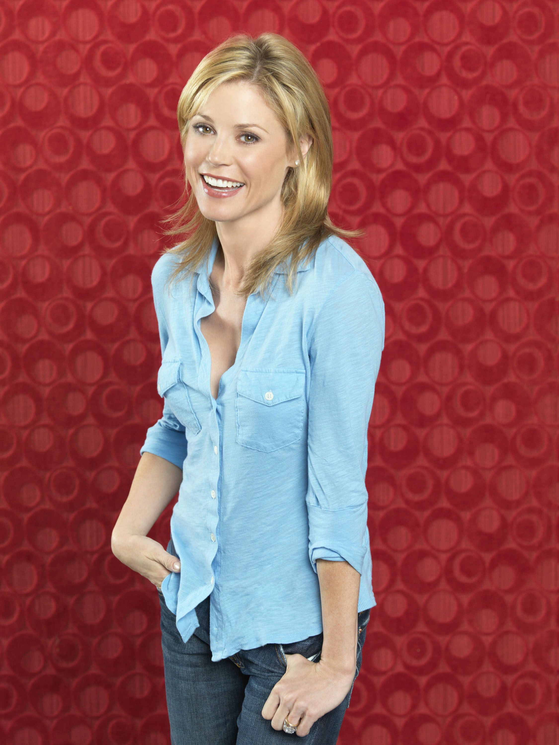 Julie Bowen As Claire Dunphy In Modernfamily Season 2 Julie Bowen Bowen Modern Family