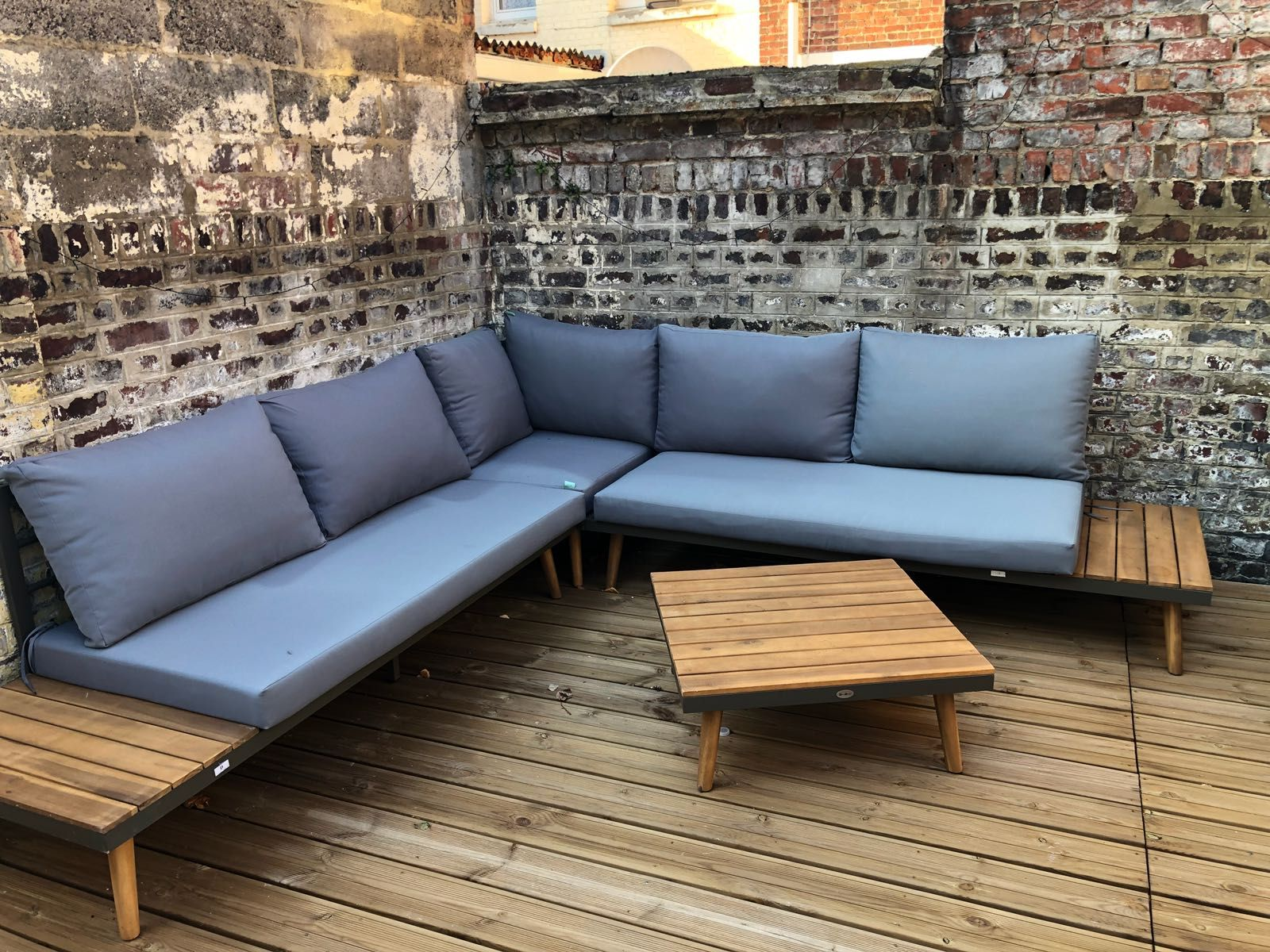 Buenos Aires | Tendance bois | Sectional sofa, Outdoor sectional et ...