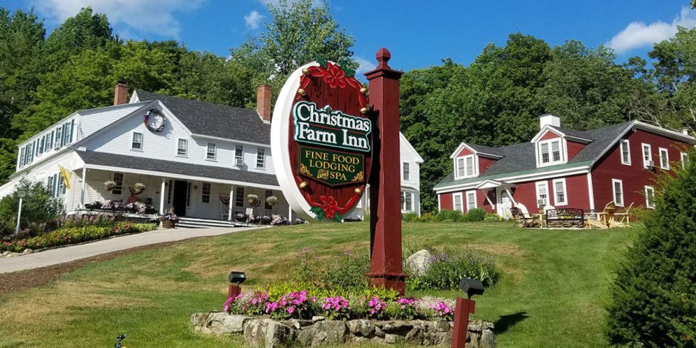 Christmas Farm Inn And Spa.There S A Hotel Where It S Christmas Year Round And It S
