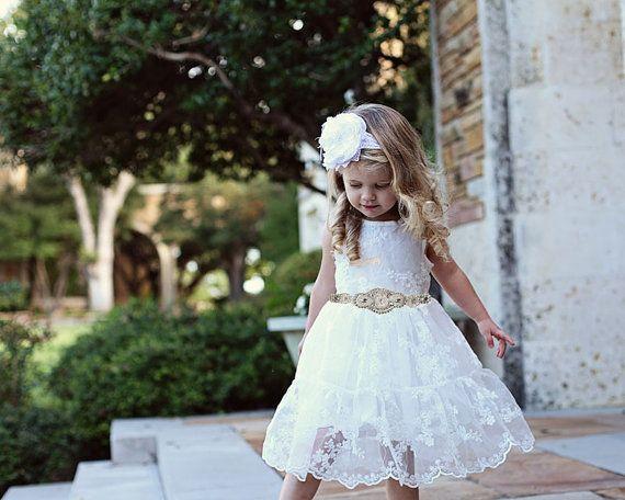 spitzenkleid weiß taufe