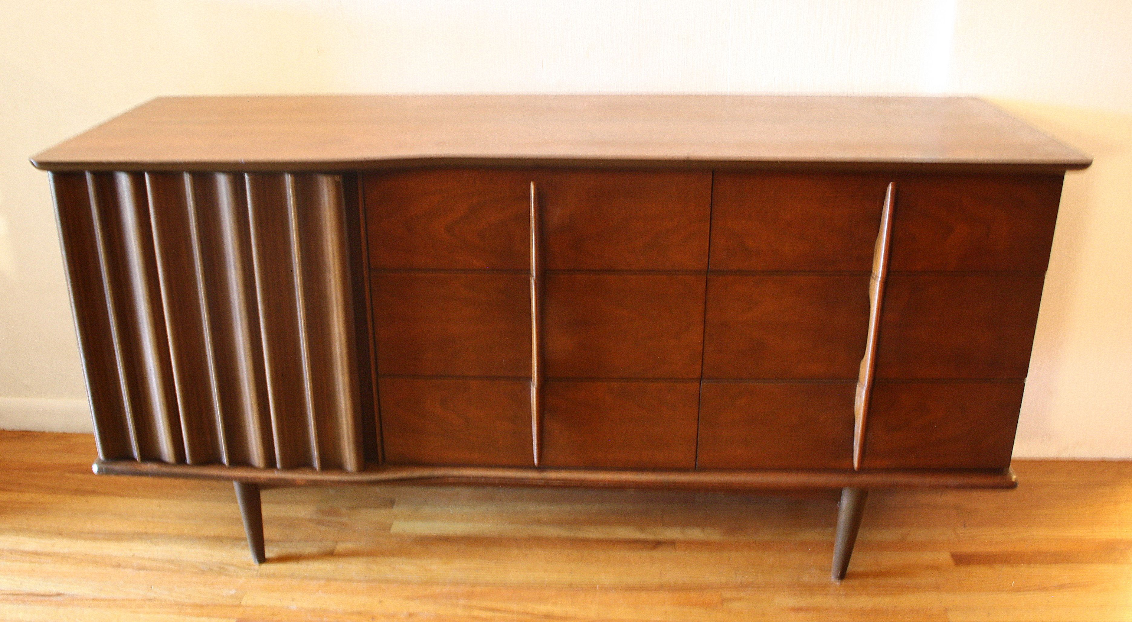Best Mid Century Modern Low Dresser Credenza By United Low 400 x 300