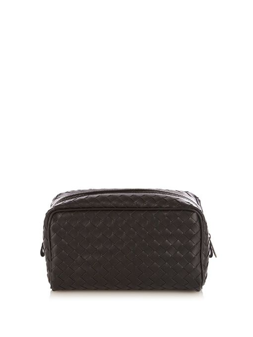 d489e74d1b BOTTEGA VENETA Intrecciato-leather washbag.  bottegaveneta  bags  leather   lining